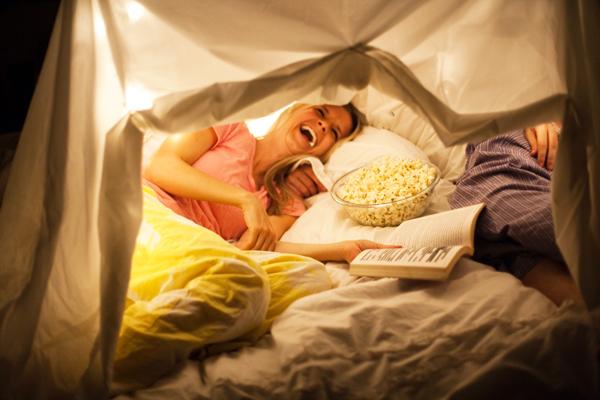 Camping en casa sorpresas para tu pareja - Que hacer en pareja en casa ...